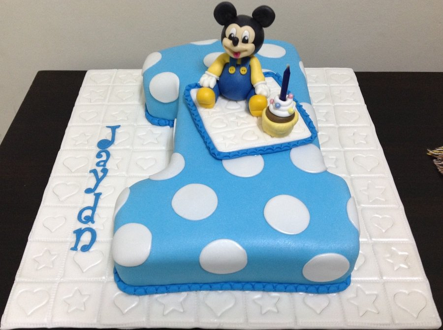 1st Birthday Mickey Mouse Cake