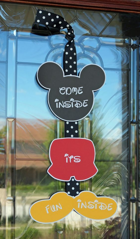 Cute Mickey Mouse Welcome Sign