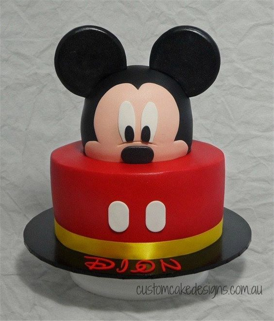 Mickey Mouse Hat Cake