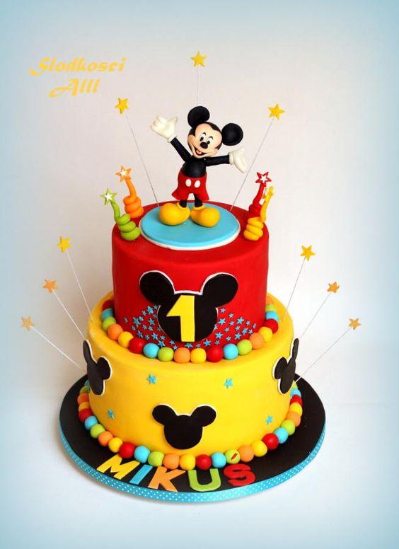 Nice Mickey Mouse Cake