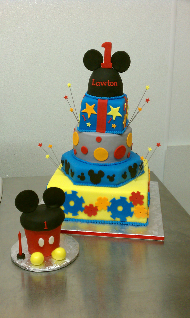 Mickey Mouse Clubhouse First Birthday Cake And Matching Ov…
