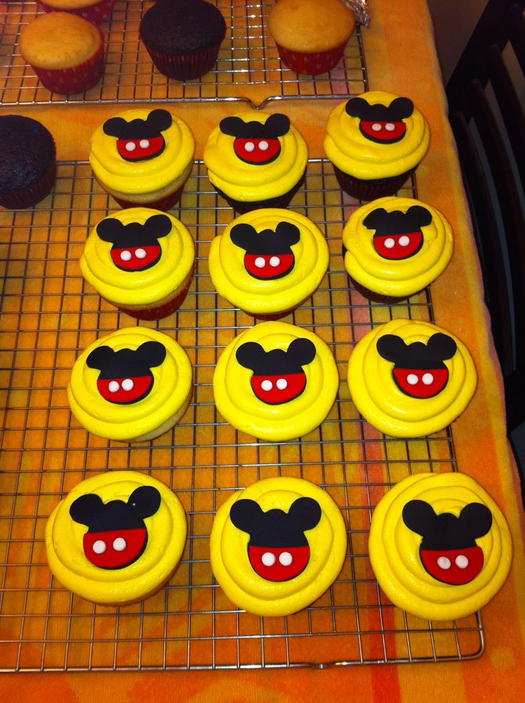 Tremendous Mickey Mouse Cupcakes Cakes Funny Birthday Cards Online Inifofree Goldxyz