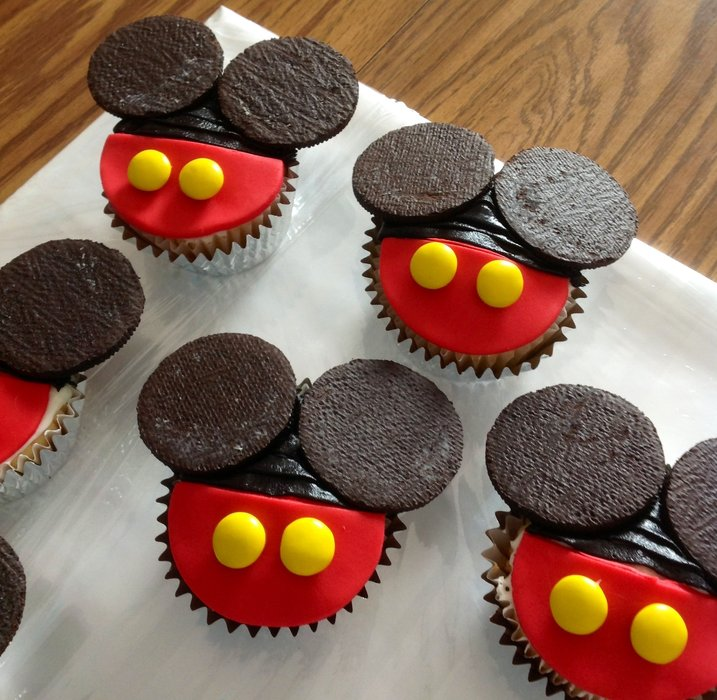 Mickey Mouse And Mice Cupcakes