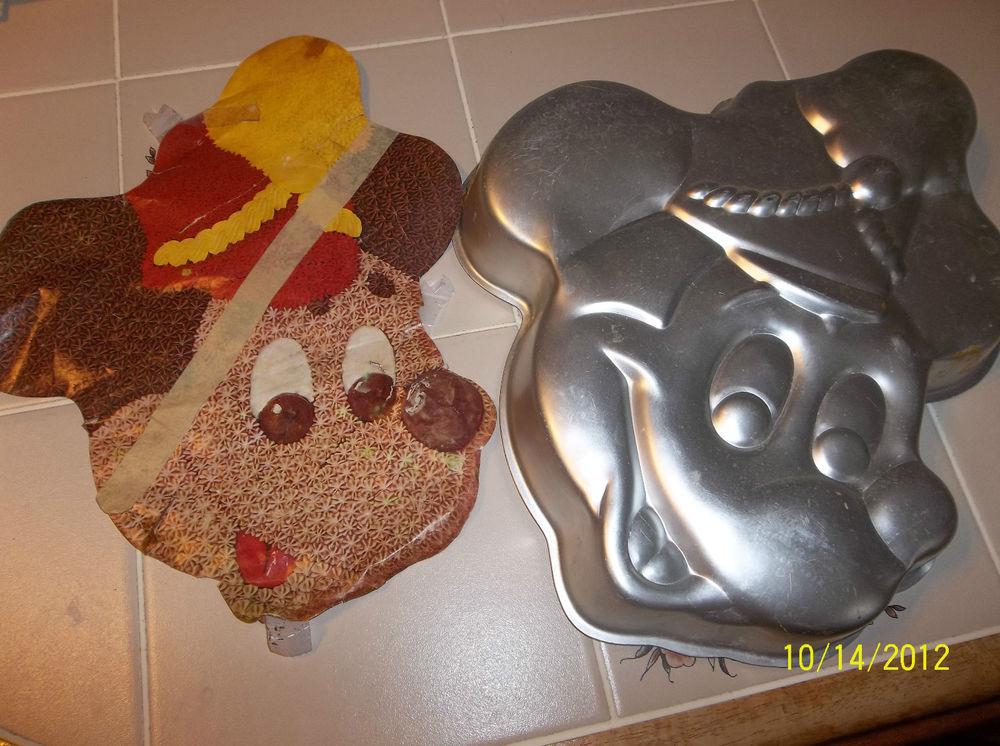 Vintage Wilton Mickey Mouse Cake Pan