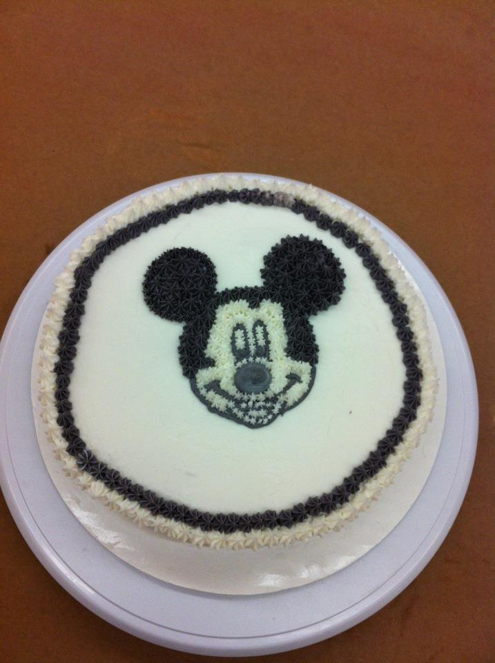 Wilton Cake Decorating Class, Course 1 Review