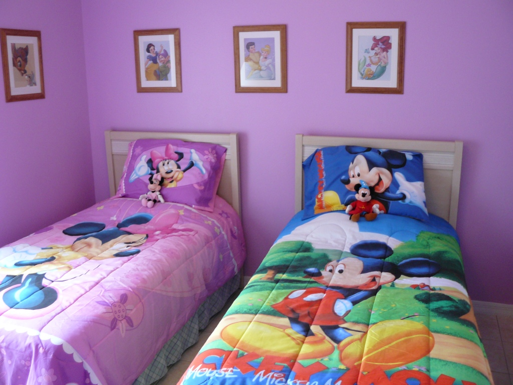 1000+ Images About Mickey Room On Pinterest