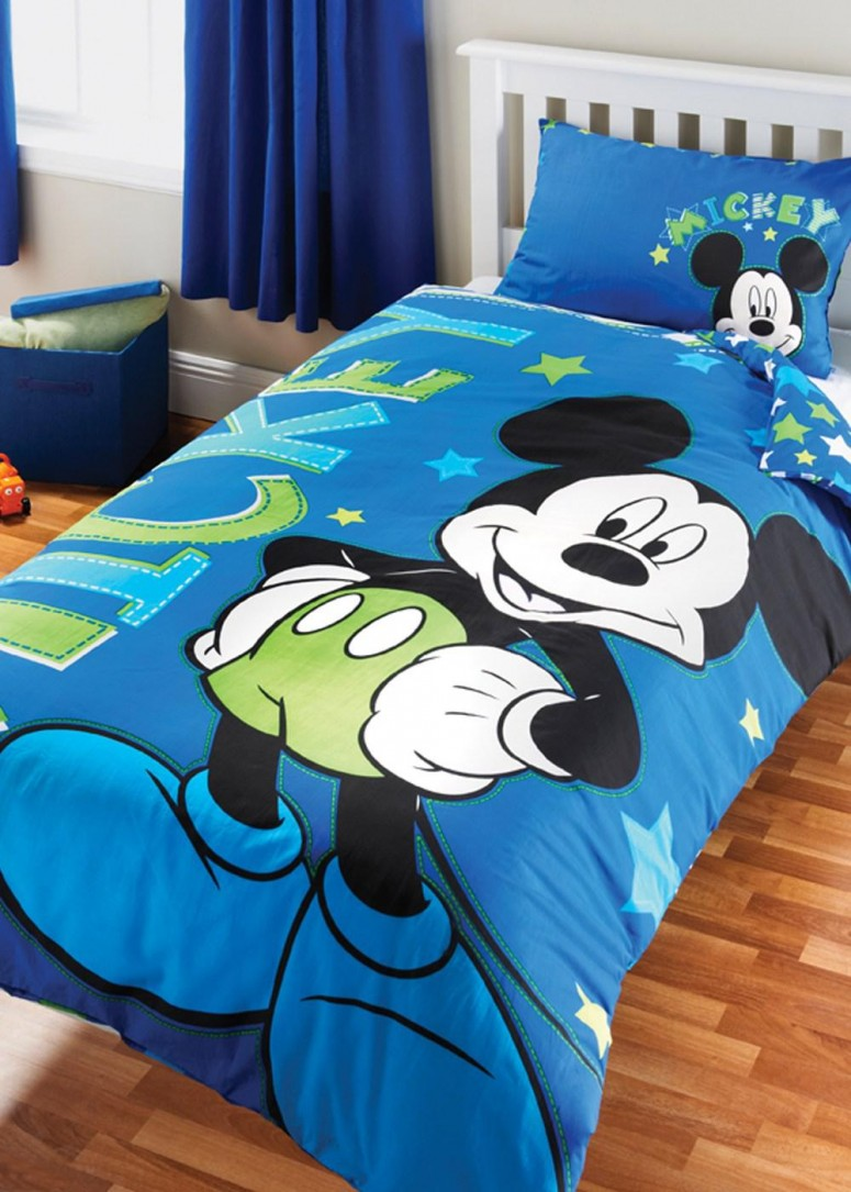 Mickey Mouse Green Bedding Set