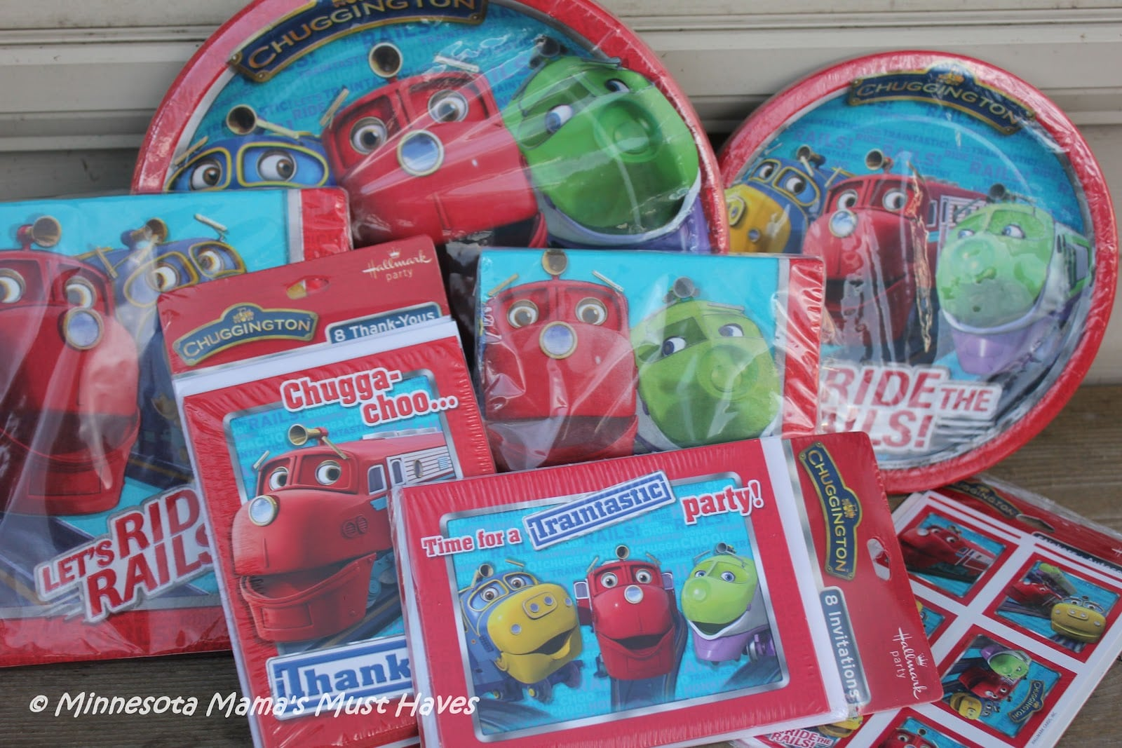 Chuggington Birthday Party Supplies! {hallmark Party Supply Review