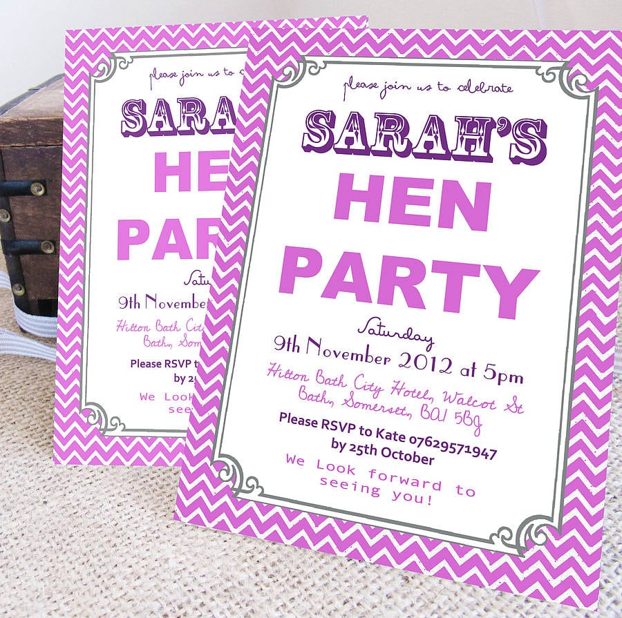 Personalised 'hen Party' Wreath Invitations