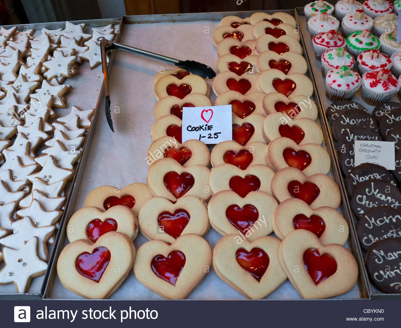 Biscuits Cookies Jam Heart Stall Heart Shaped 'love' Cookies On