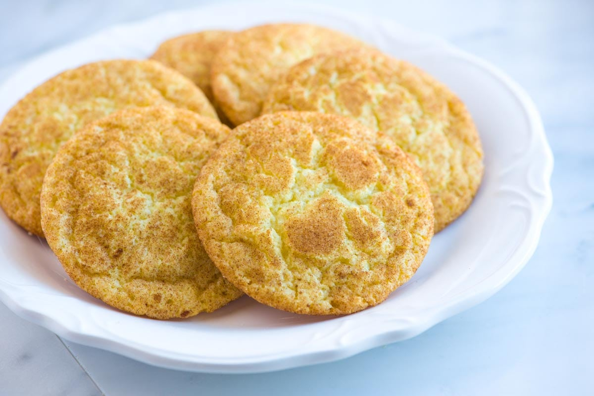 Easy Snickerdoodles Recipe With Soft Chewy Centers