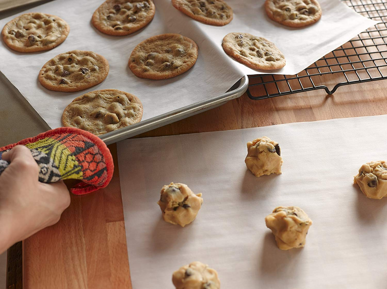 Amazon Com  Reynolds Kitchens Cookie Baking Sheets Parchment Paper