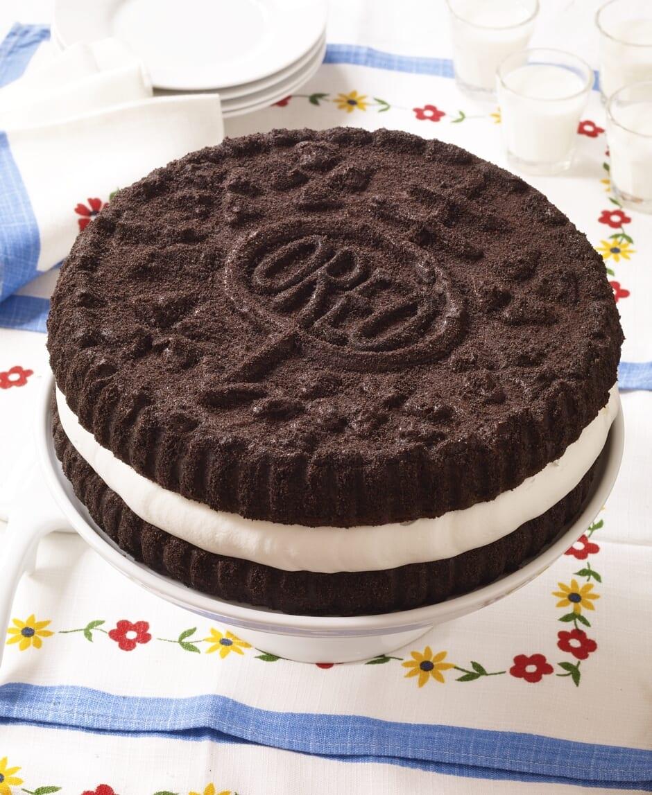 Chocolate Oreo Ice Cream Cake!!! – Hello Cupcake