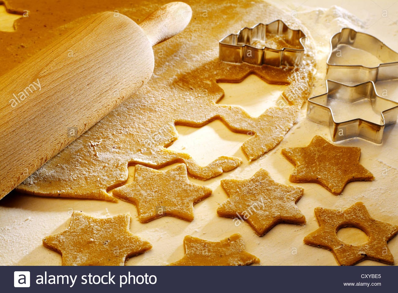 Christmas Cookies, Cookie Dough, Biscuits Cut Out, Rolling Pin