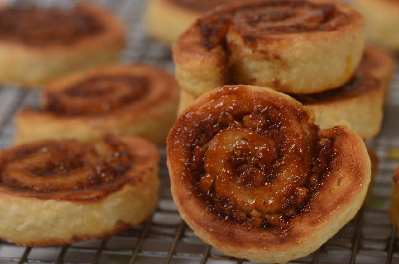 Cinnamon Roll Cookies (rugelach)