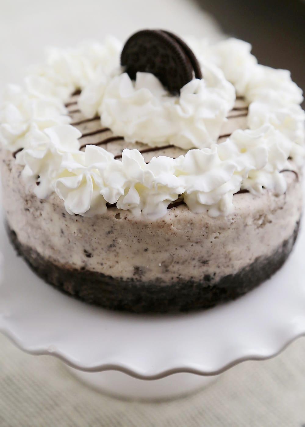 Easy Cookies 'n Cream Ice Cream Cake