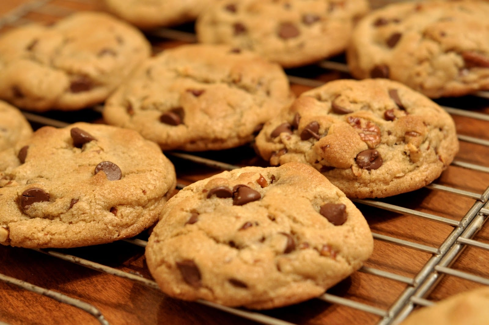 How To Bake The Perfect Batch Of Cookies [video]