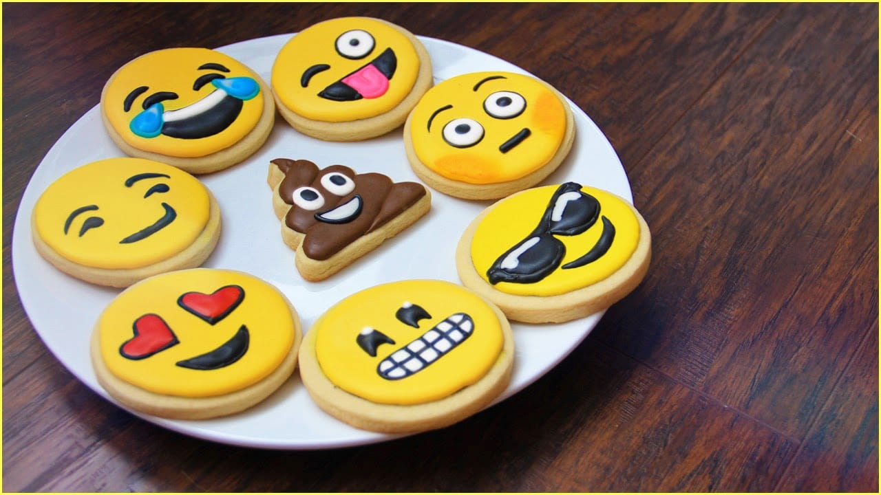 How To Make Emoji Cookies!