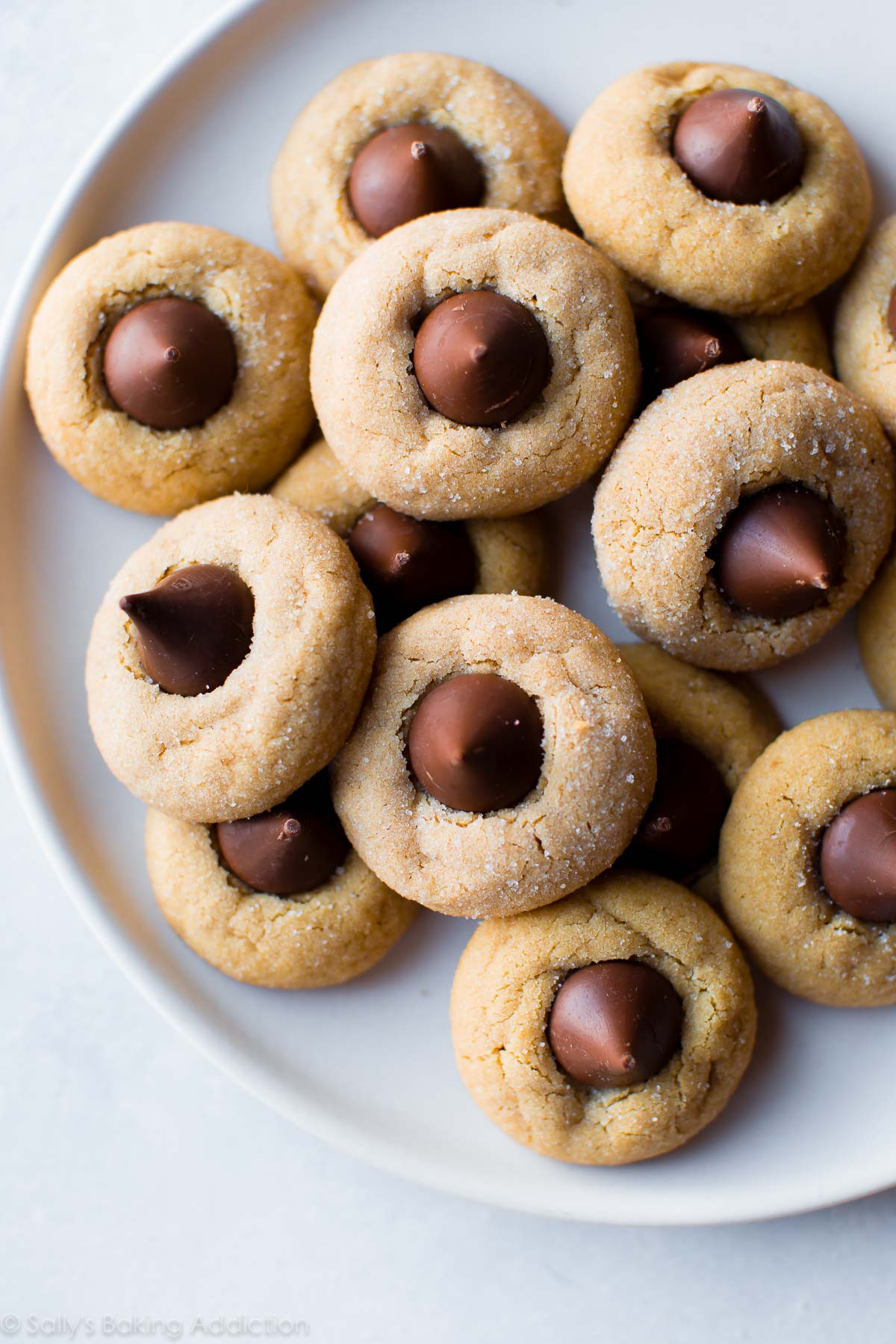 Peanut Butter Blossoms Cookies – Candisweets