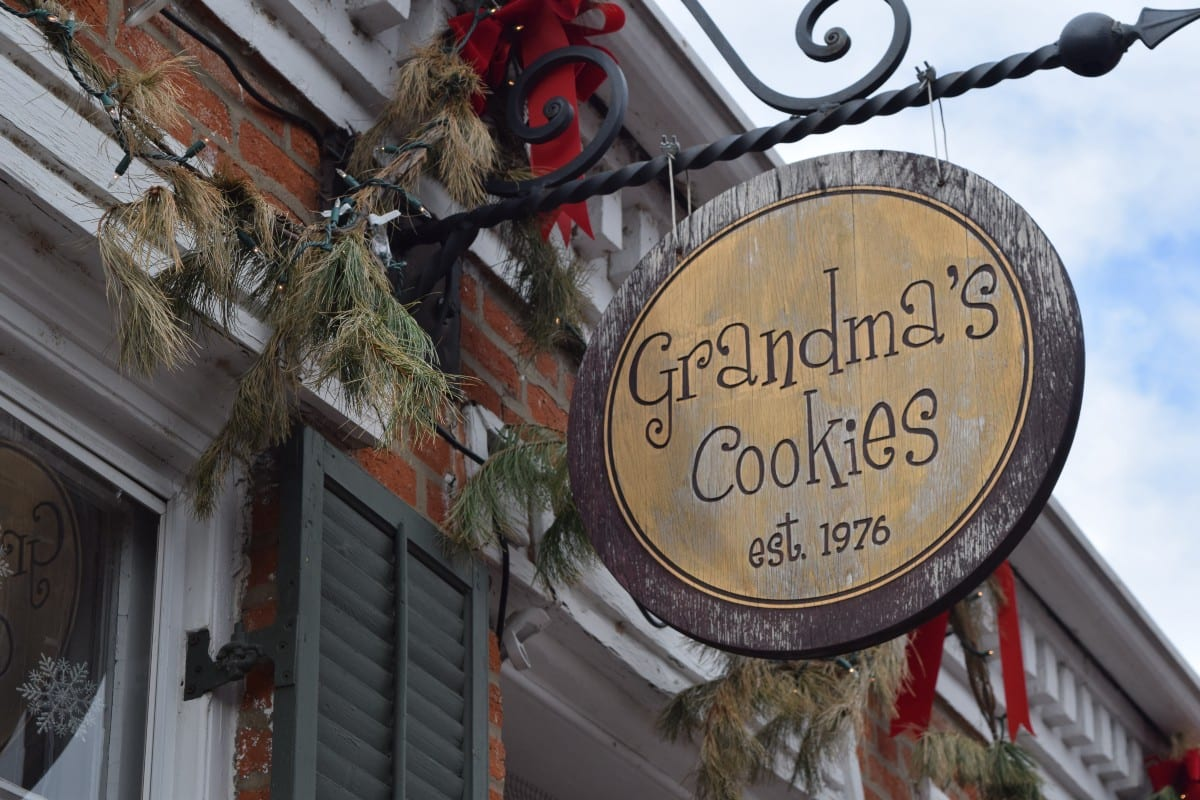 Saint Charles Tradition Of Grandma's Cookies – Mili Mena – Medium