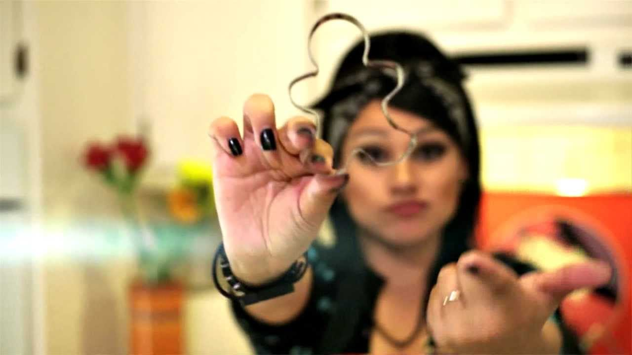 Snow Tha Product  Cookie Cutter Bitches  (official Music Video