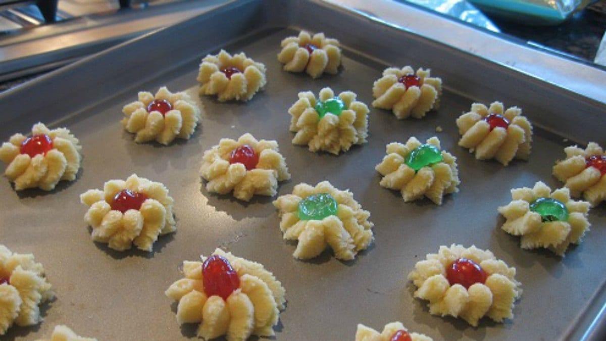 Spritz Cookies Recipe (swedish Butter Cookies)
