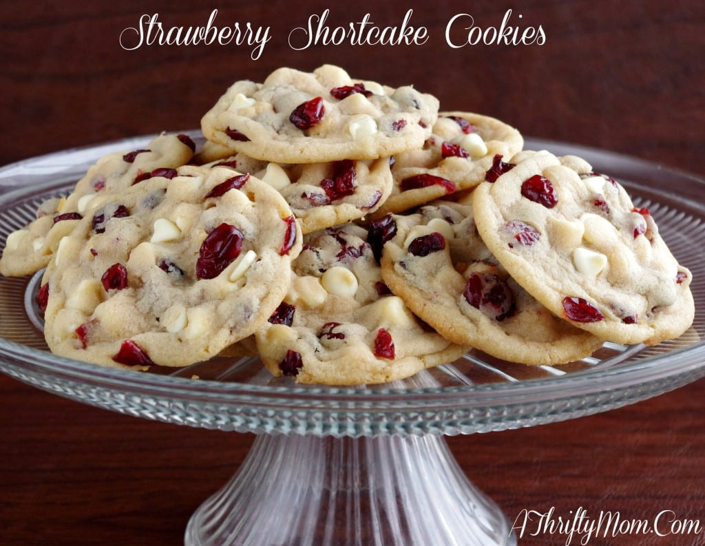 Strawberry Shortcake Cookies ~ Otis Spunkmeyer Copycat Recipe