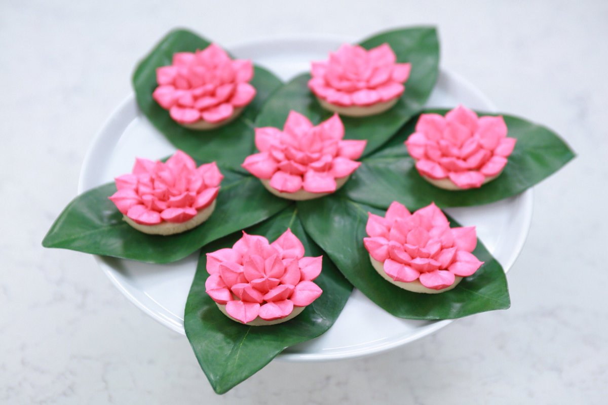 Rosanna Pansino On Twitter   Here Are The Lotus Flower Cookies