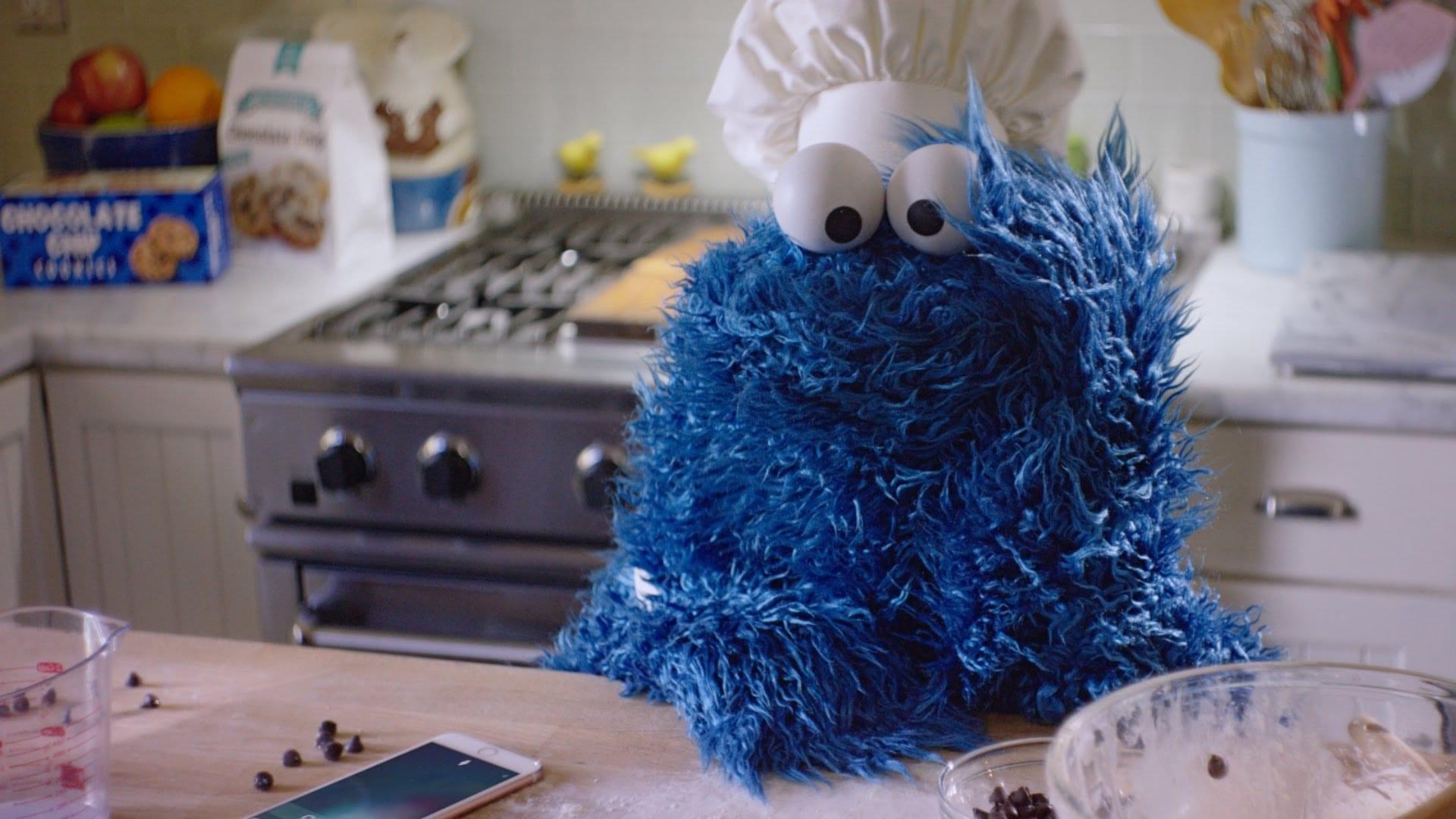 Cookie Monster Makes Cookies Using Siri