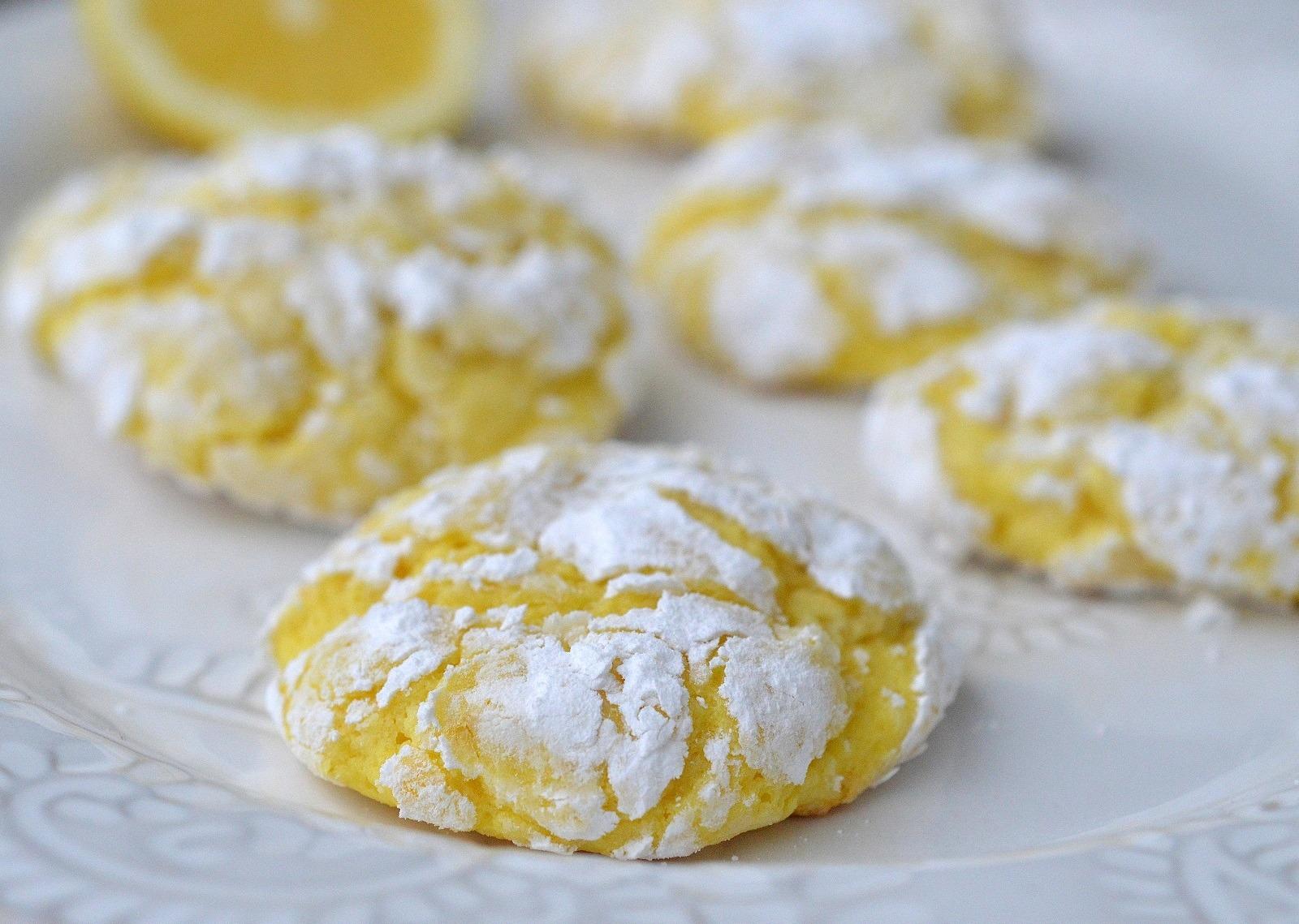 Easy Lemon Crinkle Cookies