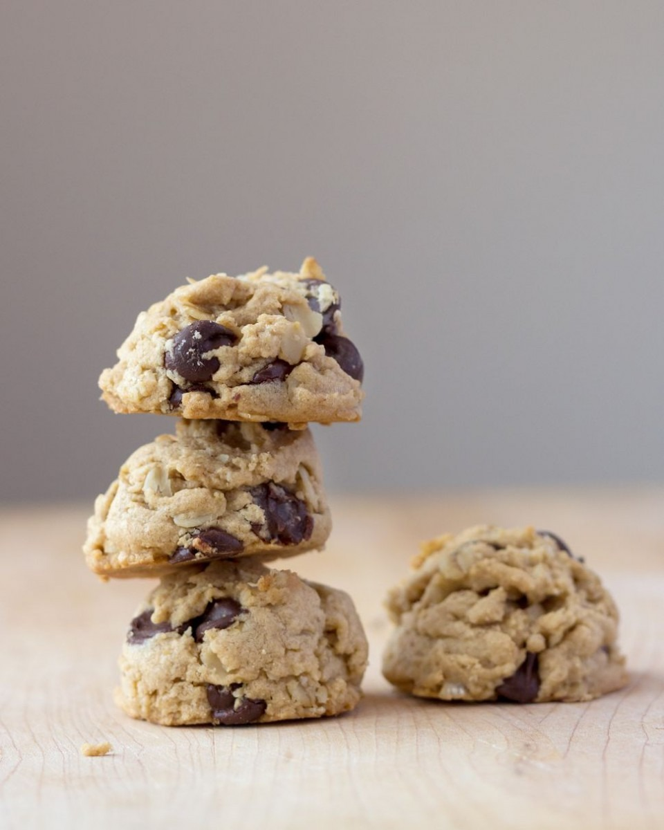 Soft And Chewy Oatmeal Peanut Butter Chocolate Chip Cookies