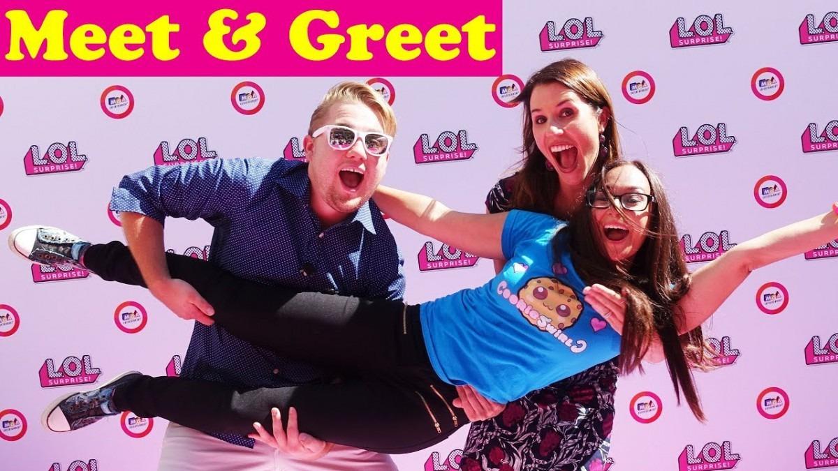 Meet & Greet Sandaroo & Cookieswirlc! Toy Party With Lol Surprise