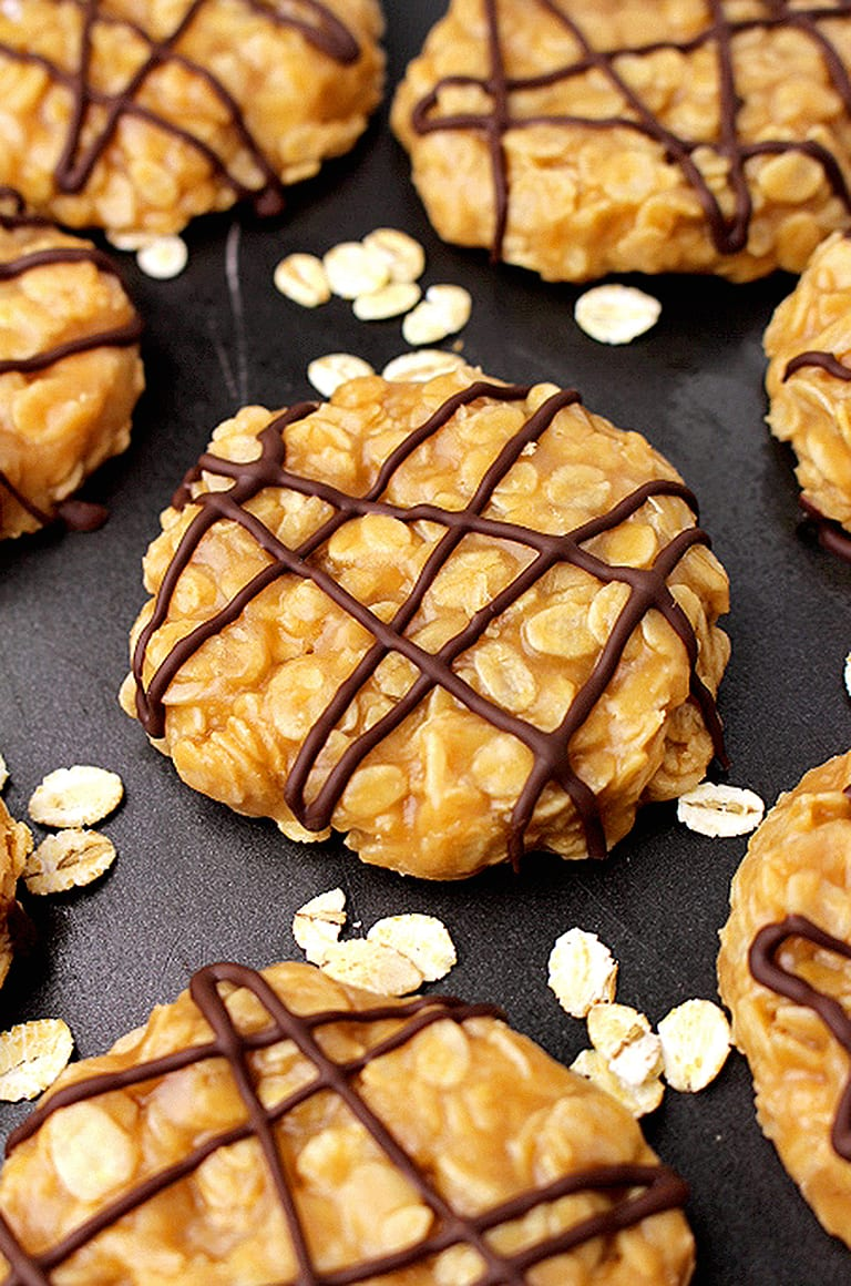 No Bake Vegan Peanut Butter Oatmeal Cookies