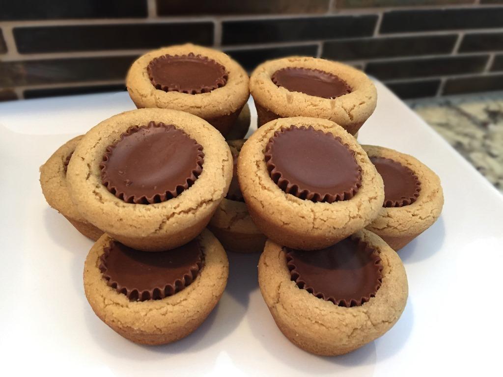 Twelve Days Of Christmas Cookies  Peanut Butter Cup Cookies
