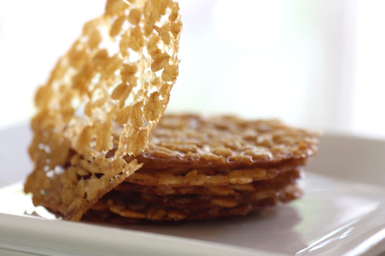 Recipe} Irish Oatmeal Lace Cookies
