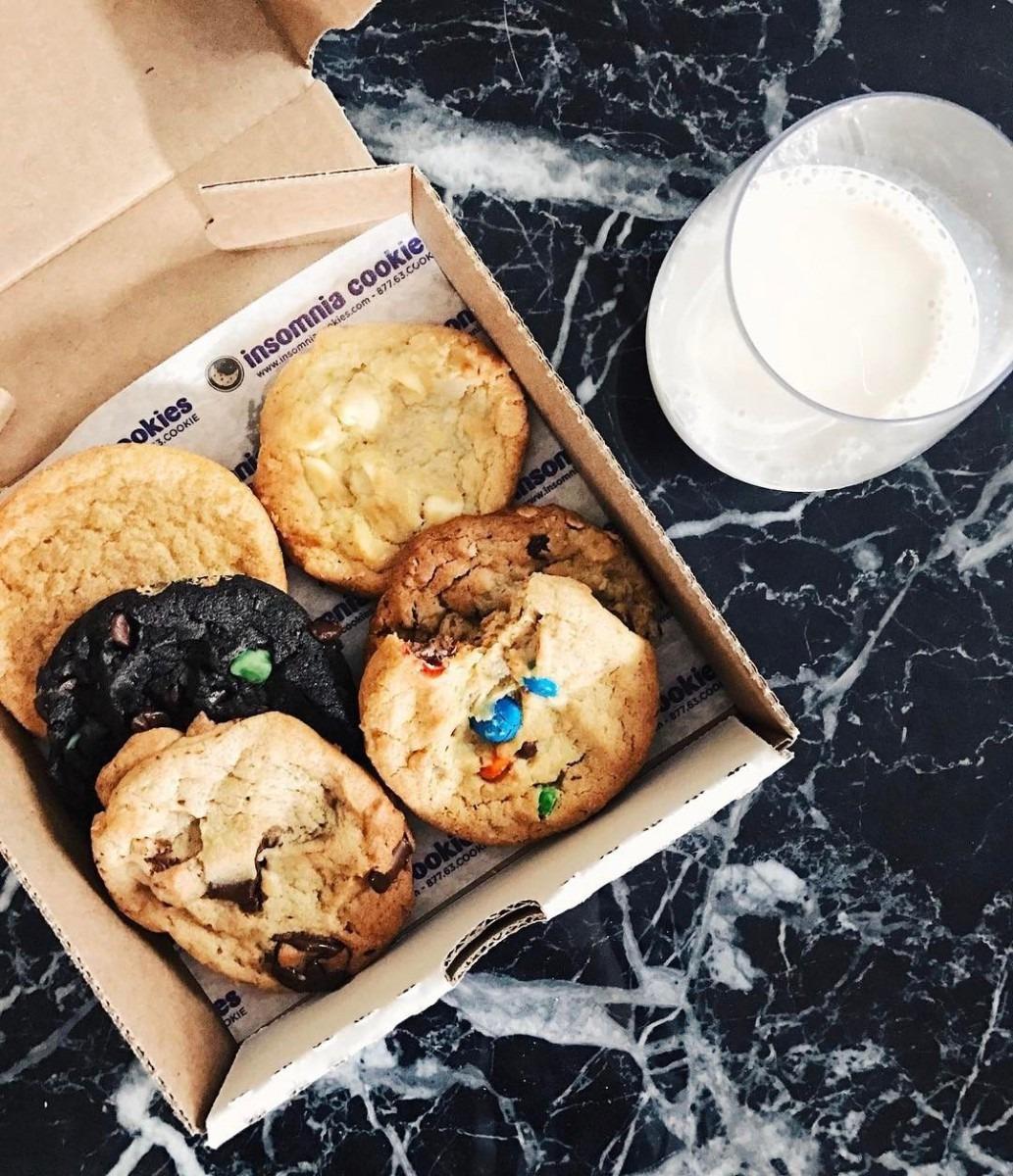 Insomnia Cookies (@eatingb00ks)  Columbus  Ohio