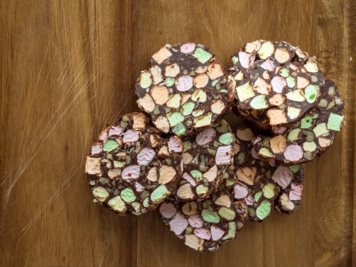 Chocolate Church Window Cookies – 12 Tomatoes