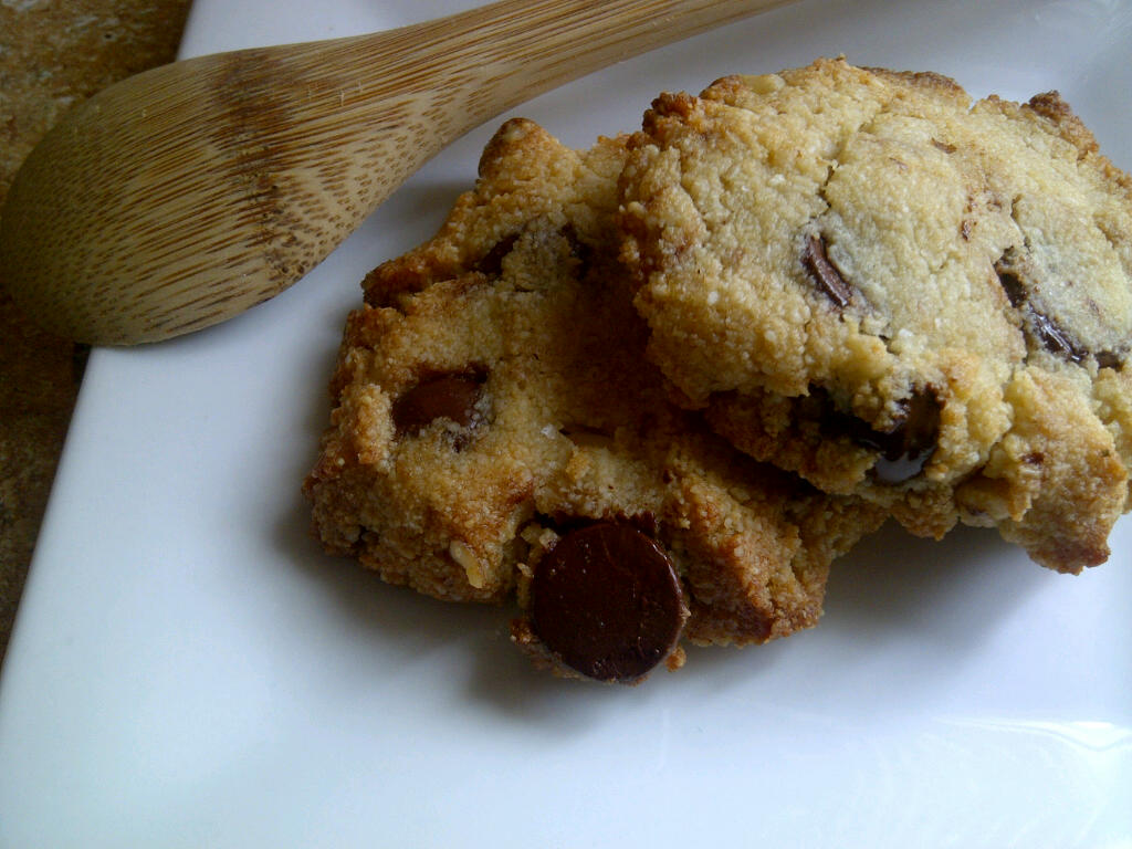 Chocolate Chip Cookies With Almond Flour {grain Free And Low Carb