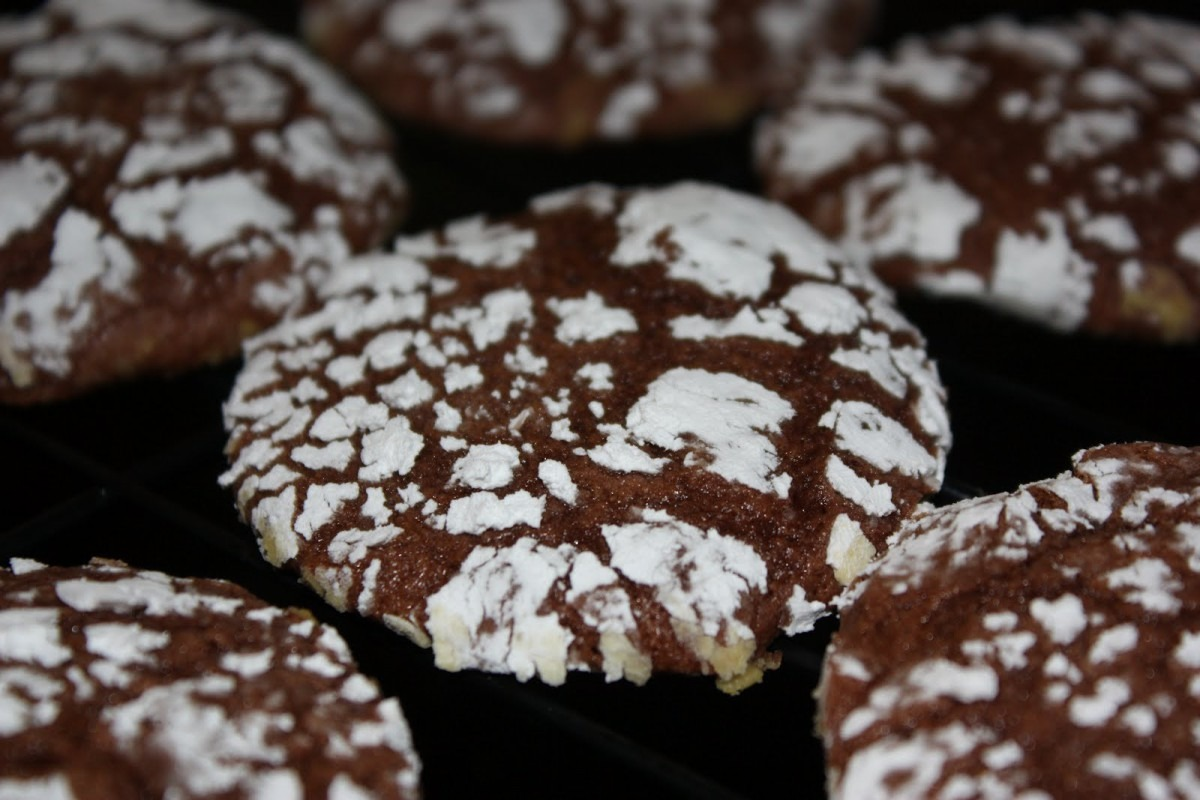 Southern Living Yankee  Chocolate Cool Whip Cookies