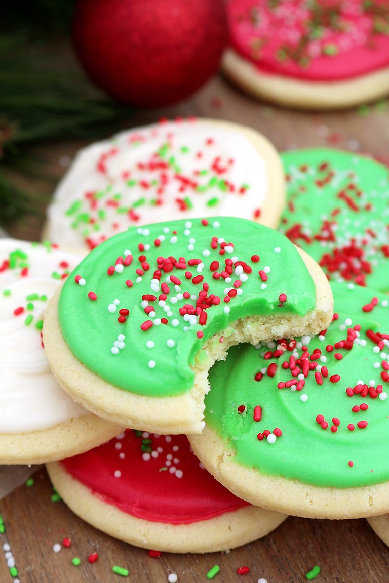 Christmas Sugar Cookies With Cream Cheese Frosting