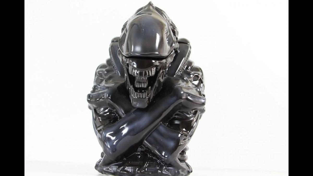 Diamond Select  Aliens Warrior Cookie Jar