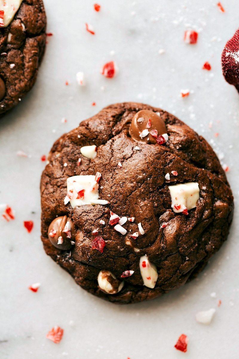 Peppermint Bark Brownie Cookies