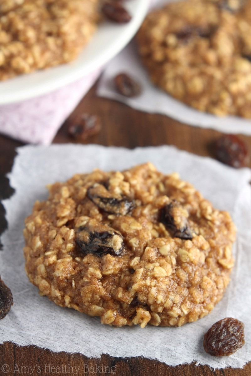 The Ultimate Healthy Soft & Chewy Oatmeal Raisin Cookies {recipe