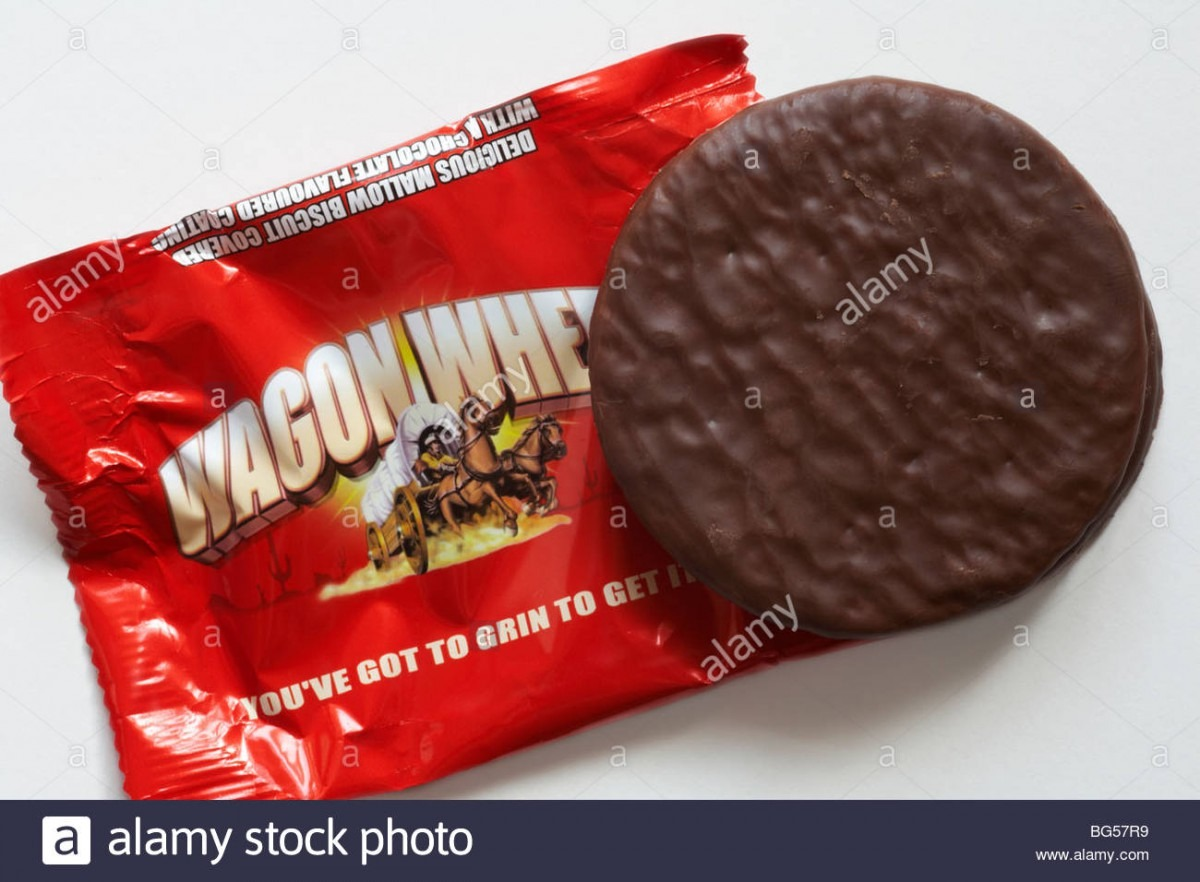 Wagon Wheel Biscuit Stock Photos & Wagon Wheel Biscuit Stock