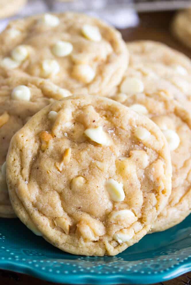 White Macadamia Nut Cookies