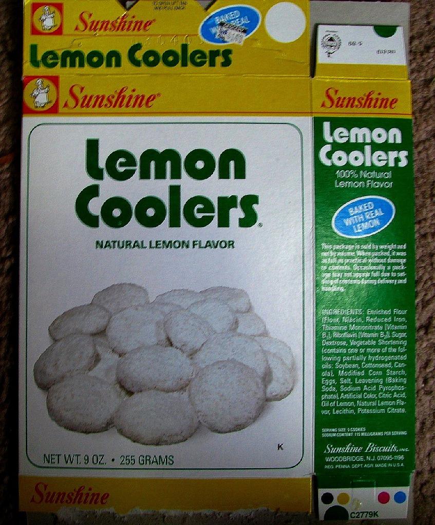 Mid 1980s Sunshine Lemon Coolers Cookies Box
