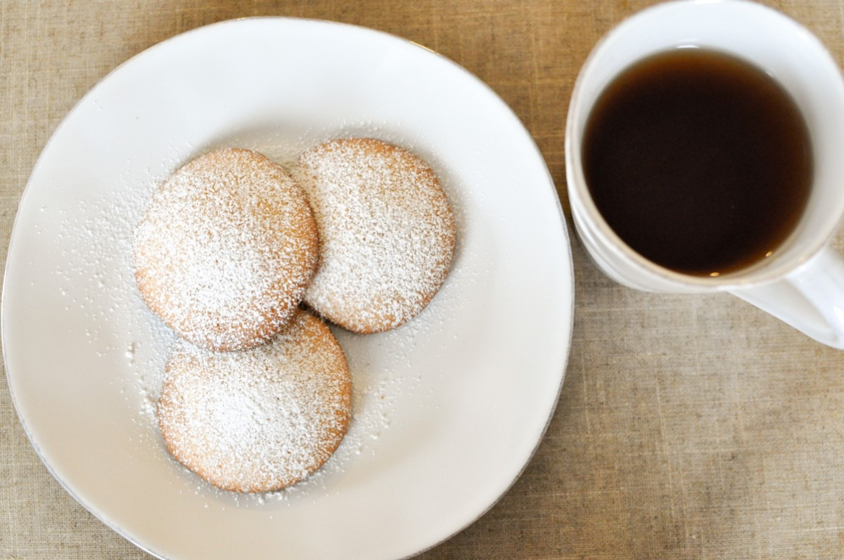 Simply Delicious! Japanese Style Bolo Cookies (丸ボーロ)