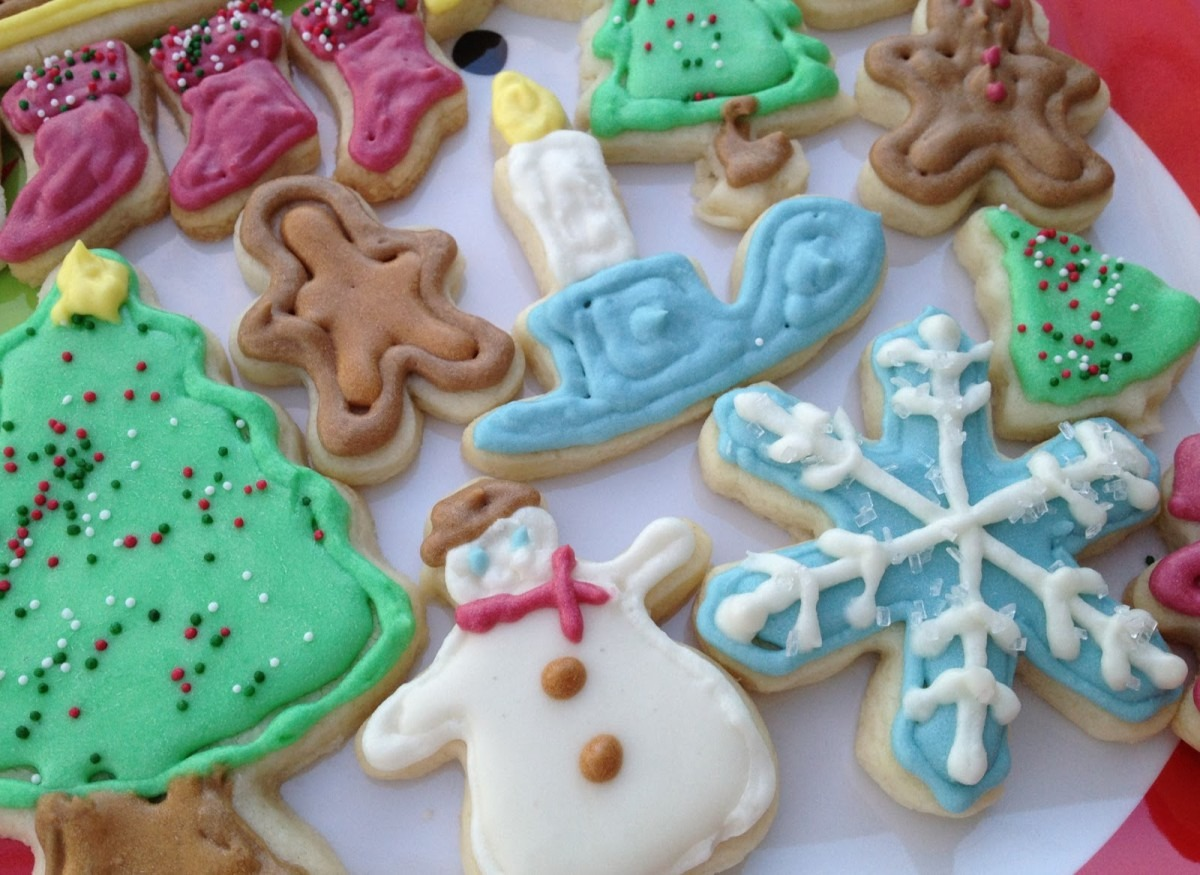 Christmas Cookie Cutouts ~ Hopes Kitchen