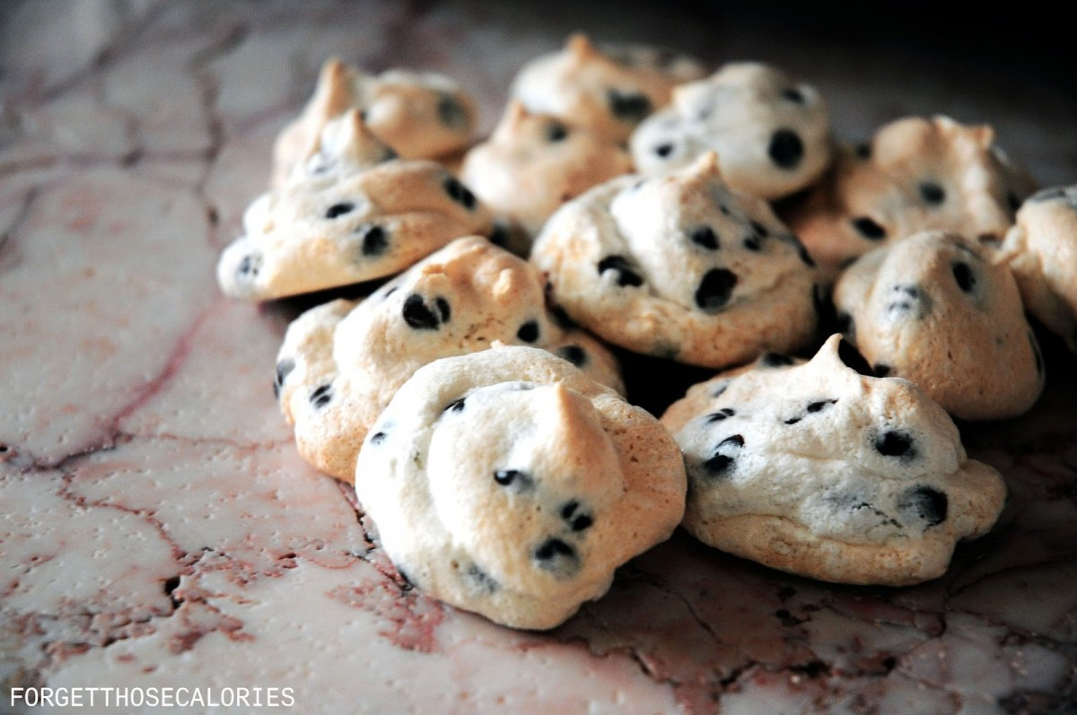 Chocolate Chip Meringue Kisses