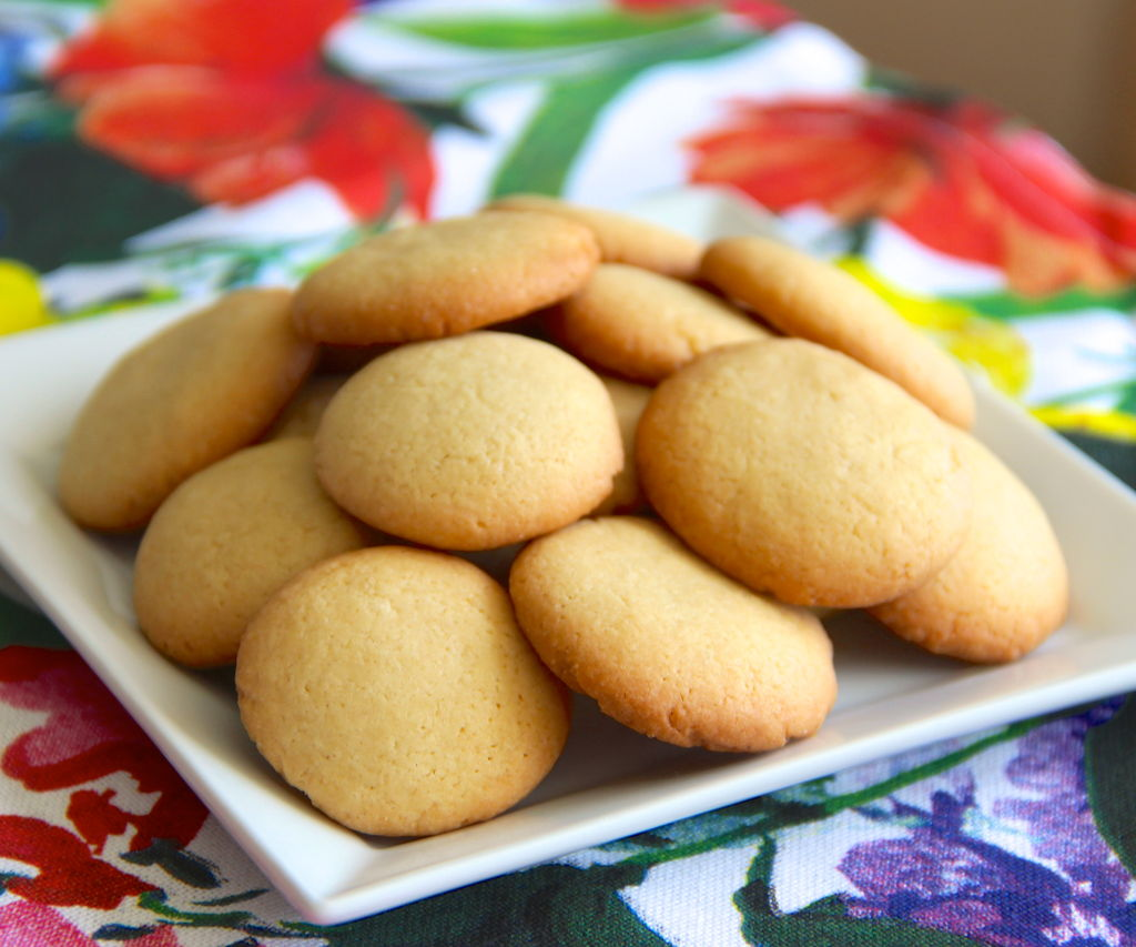 Vanilla Wafer Recipe  4 Steps (with Pictures)